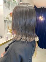 暗髪でも透明感たっぷりハイライトカラー(髪型ボブ)