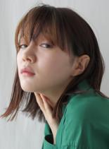 スリークミディアムヘア(髪型ミディアム)