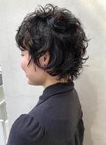 クリクリ無造作パーマウルフショートカット(髪型ショートヘア)