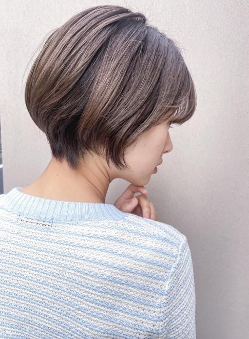 毛先が収まり◎ナチュラルショート(ビューティーナビ)
