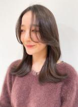 20代30代 色っぽくびれミディ(髪型セミロング)