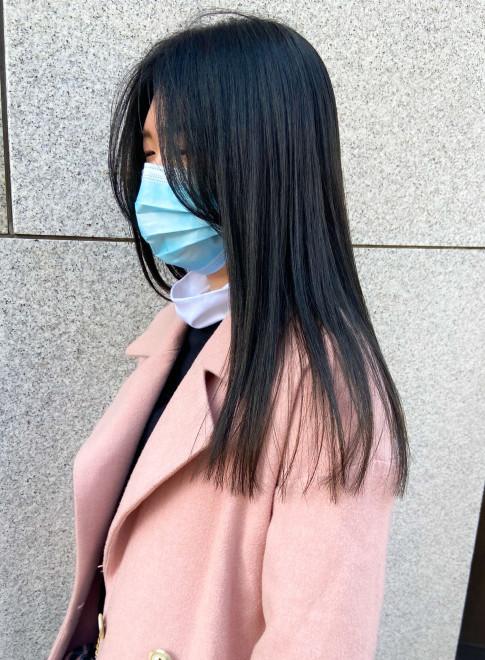 大人の艶髪ロング綺麗めストレート(ビューティーナビ)