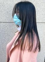 大人の艶髪ロング綺麗めストレート