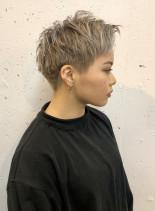 刈り上げマッシュショート(髪型ベリーショート)
