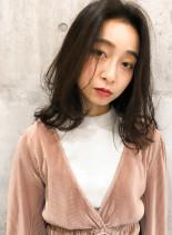 大人綺麗ミディヘア (髪型ミディアム)