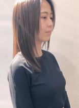 大人可愛いミディアムレイヤー(髪型ミディアム)