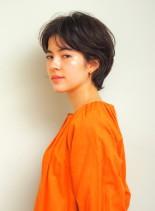 大人のニュアンスショート(髪型ショートヘア)