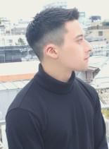 ブラット・ピット風フェードベリーショート(髪型メンズ)