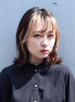外ハネミディアム×フレーミングカラー(髪型ミディアム)