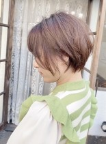 小顔前下がりショートボブ(髪型ショートヘア)