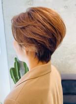 エレガントショートスタイル(髪型ショートヘア)