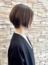 30代40代50代前下がりショートボブ(髪型ショートヘア)