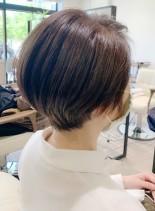 30代40代の白髪染めツヤショート(髪型ショートヘア)
