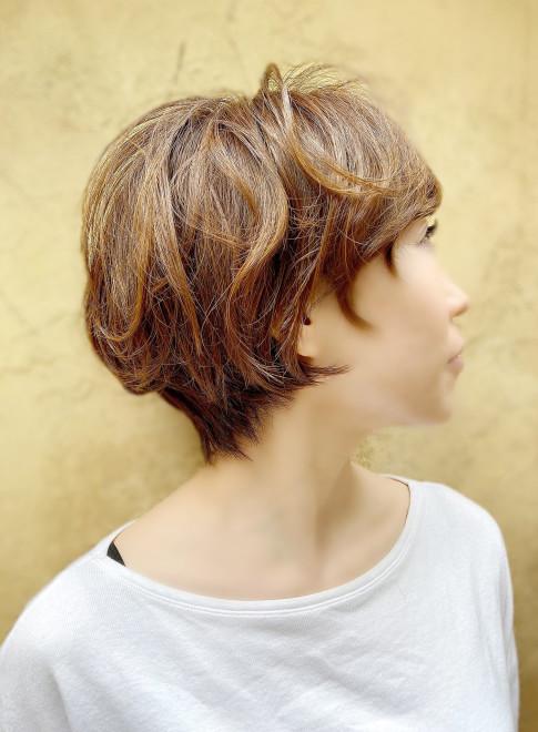 辺見えみり風 長め前髪ショート(ビューティーナビ)