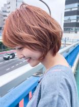 40代ふんわりボリュームパーマショート(髪型ショートヘア)