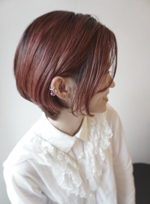 大人の前髪なしハイライトショートボブ(ビューティーナビ)