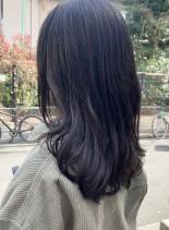 暗めのセミロング、ロングレイヤースタイル(髪型セミロング)
