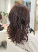 30代40代に似合うセミロングカールヘア(髪型セミロング)