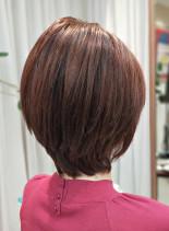 30代40代に似合うショートレイヤー(髪型ショートヘア)