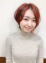 レッド系アシメスタイル(髪型ショートヘア)