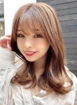 【ひし形黄金比・くびれミディアム】(髪型セミロング)