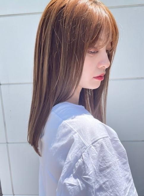 髪質改善で艶っとなびかせロング(ビューティーナビ)