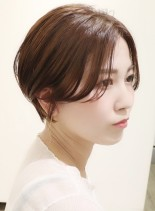 前髪なしセンター分けハンサムショート(髪型ショートヘア)