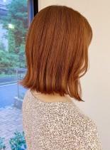 肩上の結べる大人オレンジベージュボブ(髪型ボブ)
