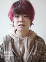 ルーツカラーのウルフベリーショート(髪型ショートヘア)