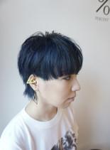 ブルーカラーマッシュベリーショートウルフ(髪型ベリーショート)