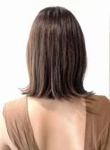 肩ライン結べる長さの切りっぱなしボブ(髪型ボブ)