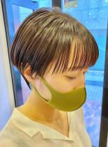 ワイドバングのマッシュショート(髪型ショートヘア)