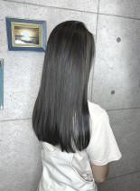 ブルーシルバー(髪型ロング)