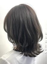 【30代女性へ・ミディアムレイヤー】(髪型ミディアム)