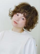 外国人クセ毛風マッシュショート(髪型ショートヘア)