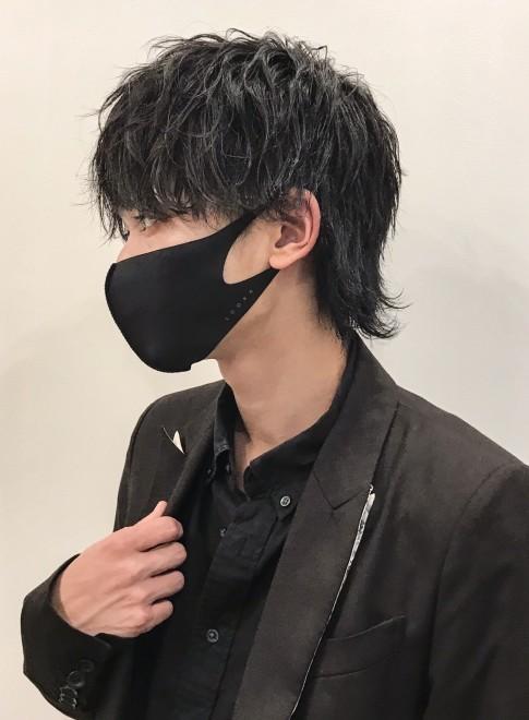 ウェット質感黒髪マッシュウルフ(ビューティーナビ)