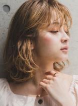 イルミナカラーコーラルミックス(髪型ミディアム)