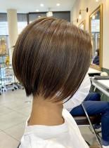 アクティブママの朝楽ショートボブ(髪型ショートヘア)