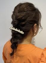 お呼ばれヘアは編みおろしが可愛い(髪型セミロング)