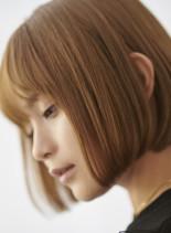 人気ランキングのハイトーンのワンレンボブ(髪型ボブ)