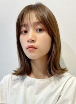 ふんわりかわいい外ハネロブ(髪型ミディアム)