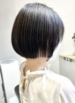 丸みがかわいいミニボブ(髪型ボブ)