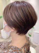 ハイライトハンサムショート(髪型ショートヘア)