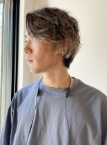 後ろに流すメンズメッシュヘアスタイル(髪型メンズ)