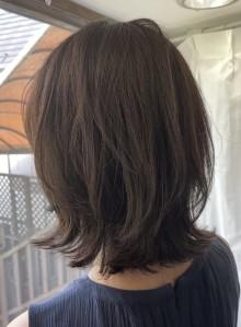 【長め前髪・ミディアムレイヤー】(ビューティーナビ)