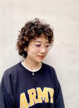 マッシュレイヤーのクルクルパーマ(髪型ボブ)