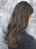 バレイヤージュ×ハイライト外国人風カラー(髪型ロング)