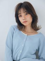 大人かわいい韓国風スタイル(髪型ミディアム)