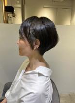 かっこいい40代50代絶壁策大人ショート(髪型ショートヘア)