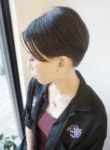 40代50代の前下がり艶センターショート(髪型ショートヘア)